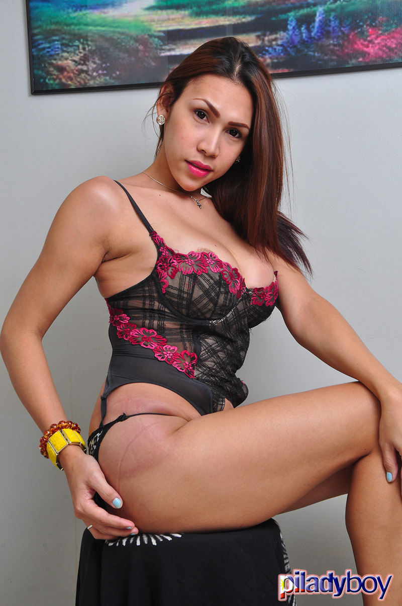 Piladyboy Tyra Exquisite Transpinay Model